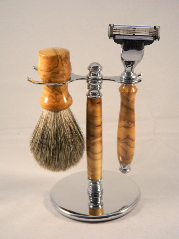 Handmade razor brush backyard sawdust