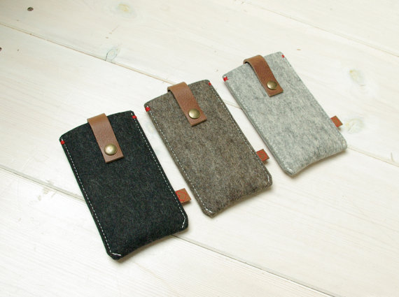 iPhone 5 cover felt & leather closure